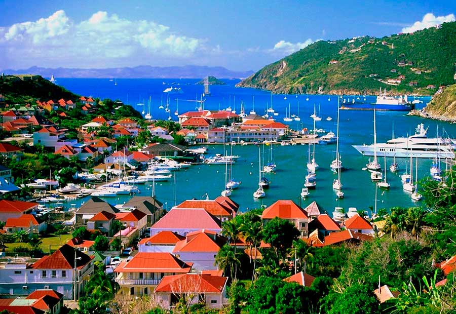 House Hunting in ... St. Barts