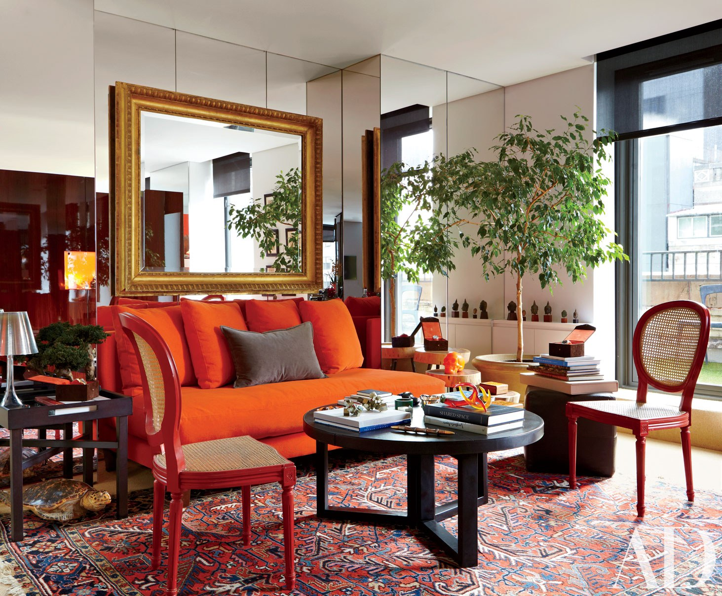 16 Rooms That Feature Warm Colors