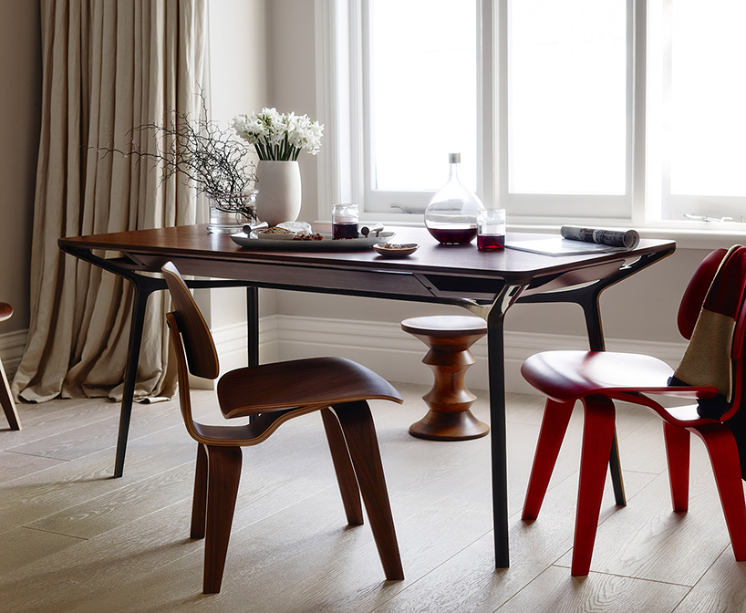 Herman Miller commissions Charles Wilson to design multipurpose table