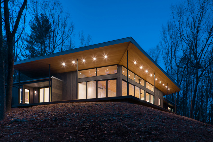 Studio MM realizes lantern ridge house in New York's Hudson valley