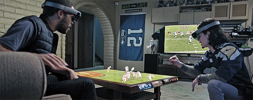 Using hololens Microsoft + NFL showcase mixed 3D displays that go beyond existing screens