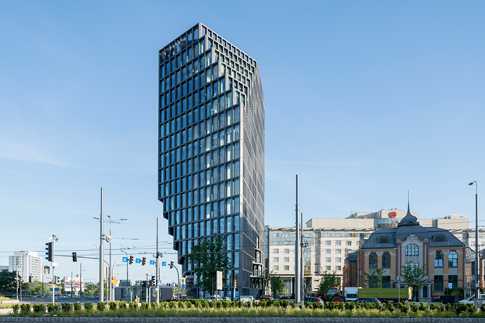 MVRDV's shapeshifting bałtyk tower in Poznan