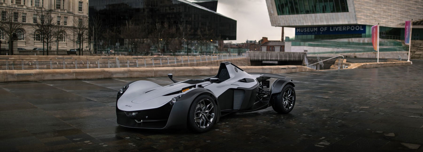 Mono supercar (BAC) innovative, light-weighting technology