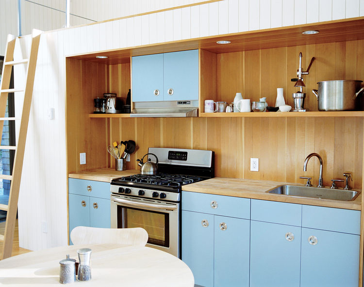 Brilliant Uses of Blue in the Kitchen