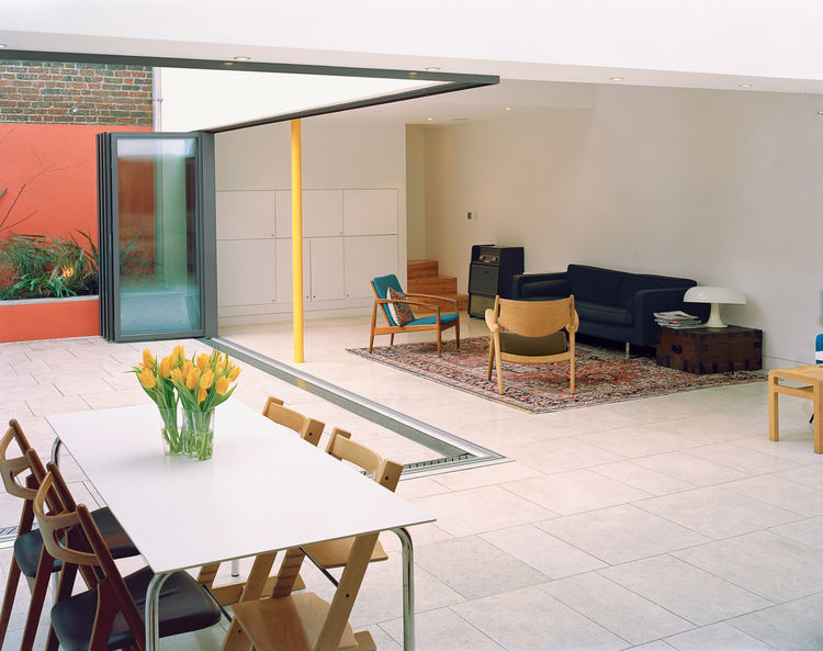 These City Homes Hide Quiet Courtyards