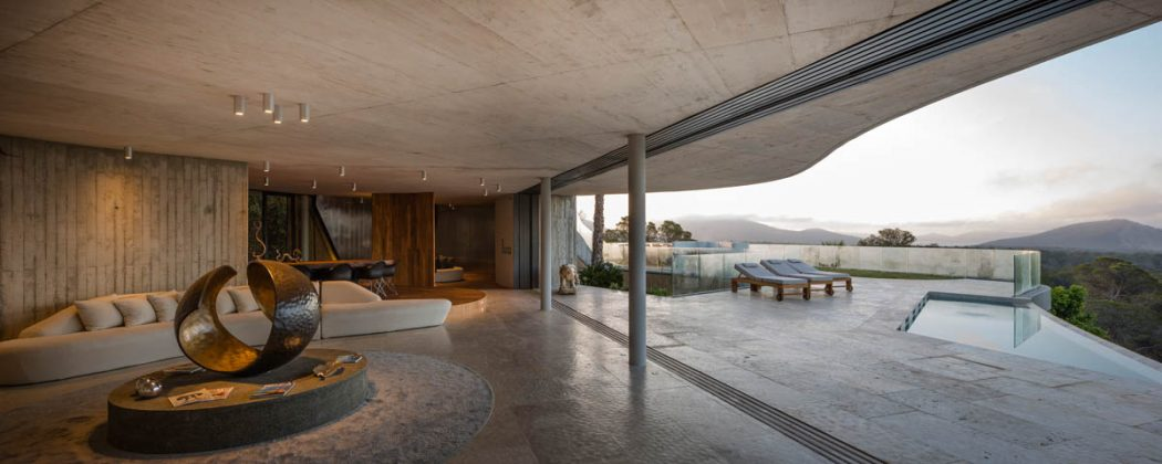 House in Ibiza by Metroarea