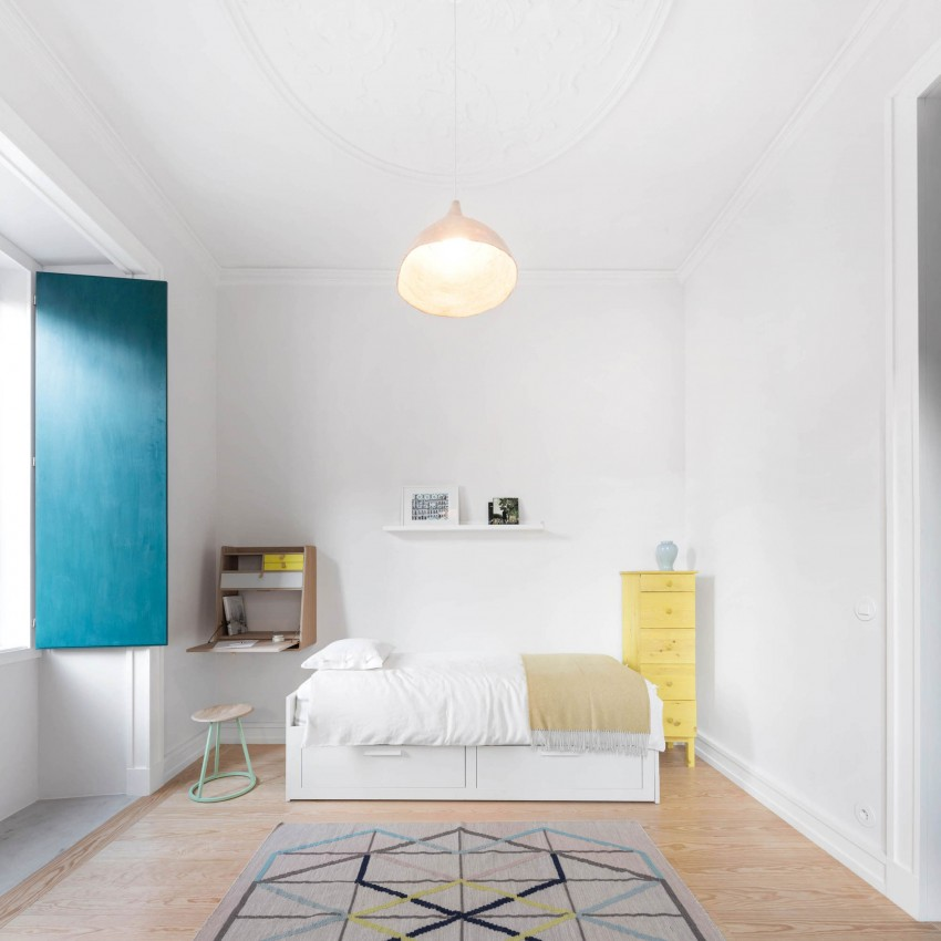 Chiado Apartment by Fala Atelier (25)