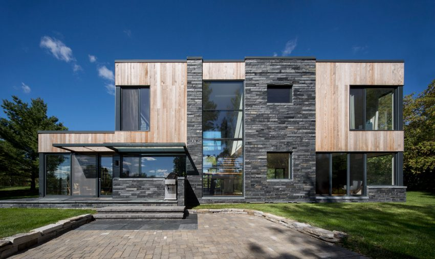 SIMARD architecture Designs a Contemporary Home in Rural Montreal