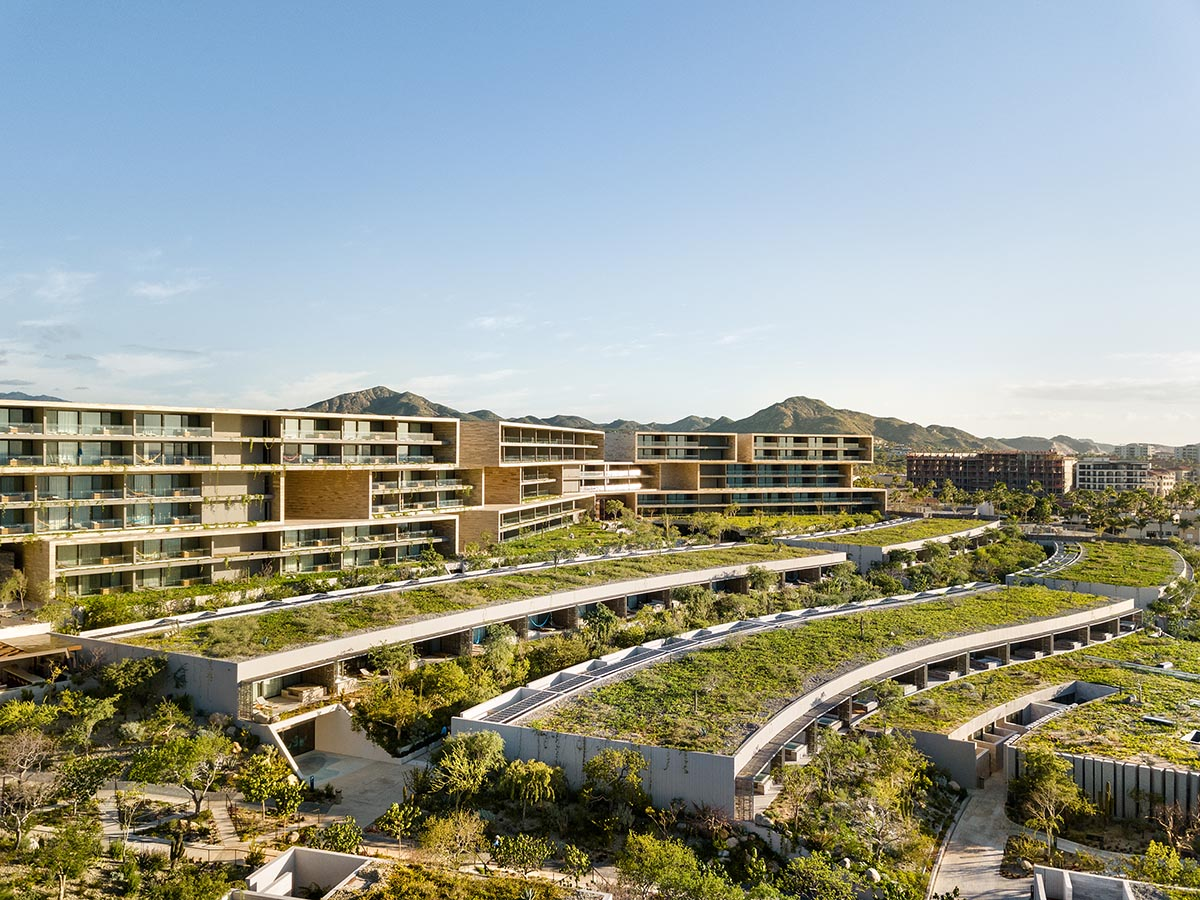 Hotel with warm materials and rotated volumes in Mexico