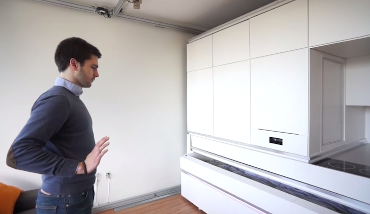 MIT Researcher Triple the Size of a 200-Foot Apartment