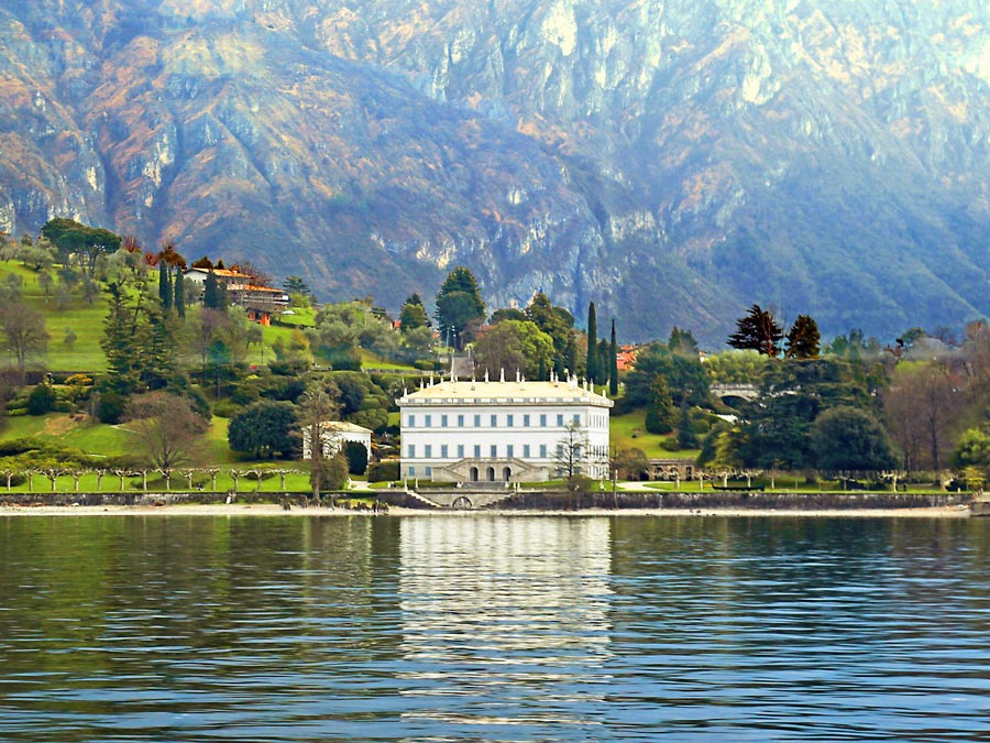 Tour Italy's Lake Como by Boat