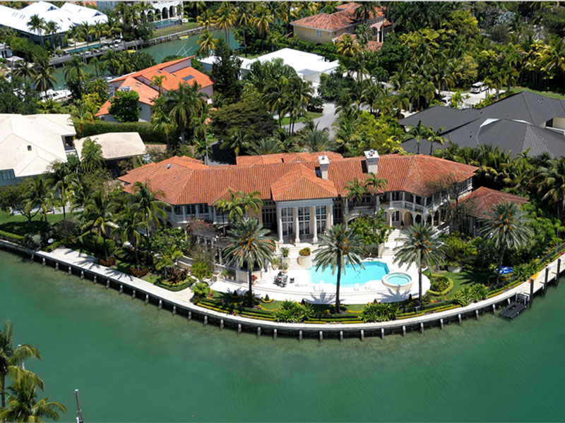 Waterfront Estate in Key Biscayne, Florida