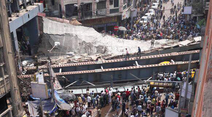 17 killed as under-construction bridge collapses in Kolkata, India