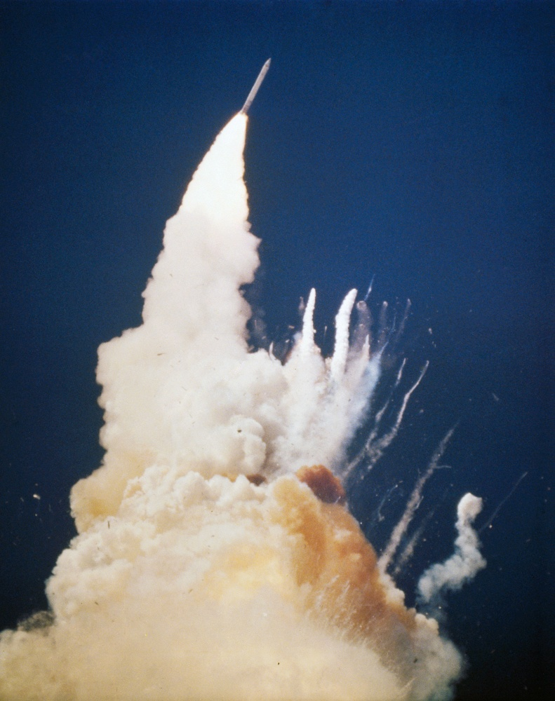 space shuttle challenger disaster After the space shuttle challenger and its crew were destroyed in a fiery, catastrophic explosion on january 28, 1986, nasa appointed members of the rogers commission to investigate the cause of the disaster.