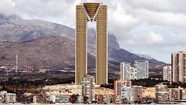 skyscraper, Edificio InTempo in Benidorm