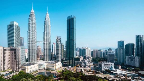Skyscraper, Four Seasons Place