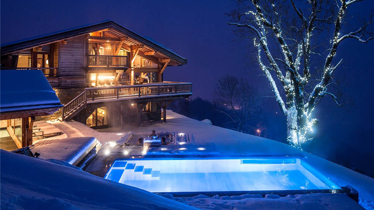 Exclusive 7 bedroom chalet in French Alps